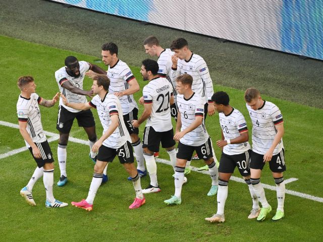 Torjubel des deutschen Teams nach einem Treffer gegen Portugal, Foto: IMAGO / Team 2