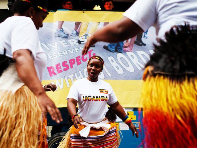 Tanzgruppe aus Uganda auf dem Angertorstraßenfest, Foto: Filippo Steven Ferrara