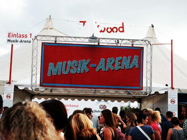 Die Musik-Arena auf dem Tollwood, Foto: Filippo Steven Ferrara