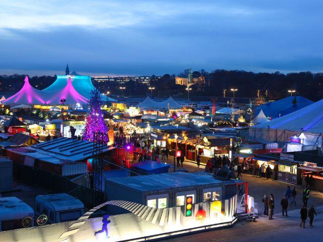 Tollwood Winterfestival auf der Theresienwiese, Foto: Bernd Wackerbauer