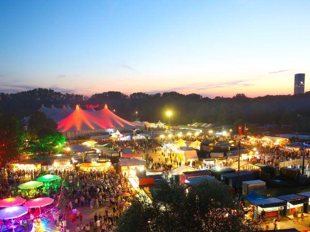 Tollwood Sommerfestival, Foto: Bernd Wackerbauer