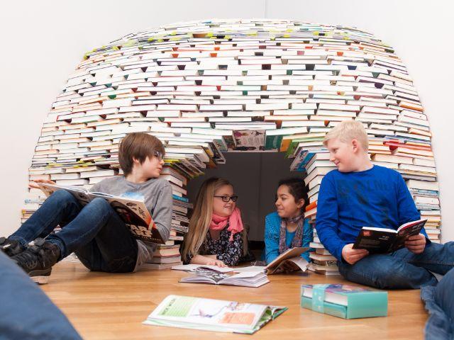 Bücherschau junior, Foto: AVISIO / Uta Kellermann