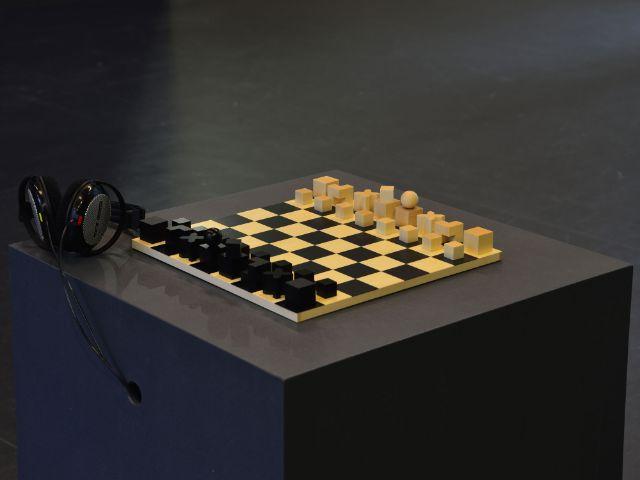 Junya Oikawa, reflected moment – das bauhaus schachspiel (2019), Foto: Junya Oikawa