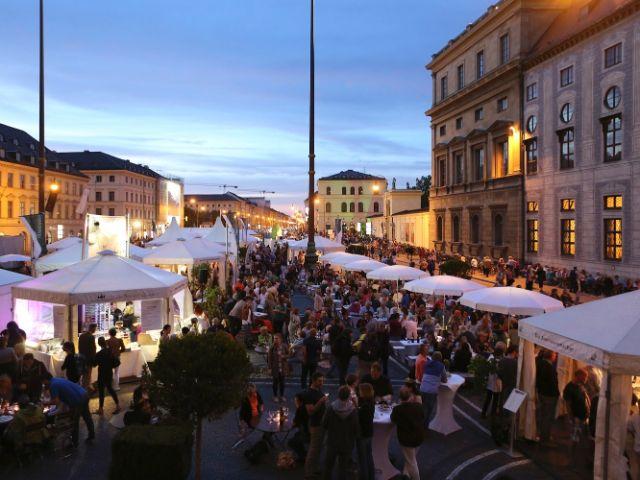 Das Bayerische Genussfestival am Odeonsplatz, Foto: Haus des Frankenweins