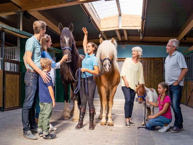 Familie im Cavalluna Park, Foto: Cavalluna Park