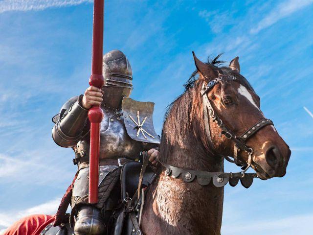 Ritter auf Pferd, Foto: Cavalluna Park