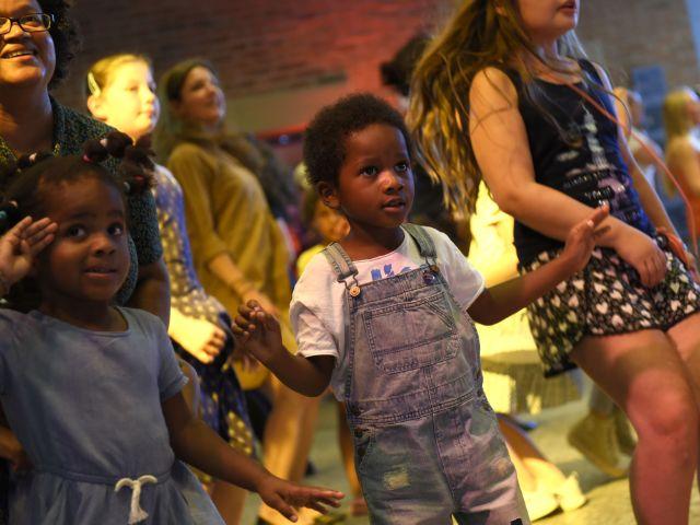 "Kinder bei ""Tanz den Gasteig"", Foto: Robert Haas"