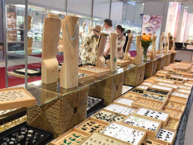 Schmuck auf der Munich Show, Foto: Münchner Mineralientage Fachmesse GmbH