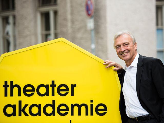 Akademietheater Präsident Prof. Hans-Jürgen Drescher, Foto: Jean Marc Turmes