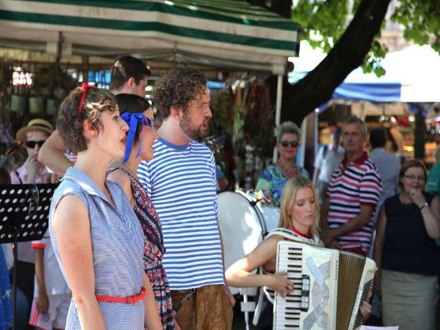 Brunnenfest Viktualienmarkt 2013 Gesang, Foto: Flo Osrainik