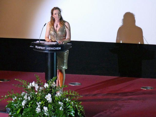 Filmfestchefin Diana Iljine bei ihrer Rede zur Eröffnung des Filmfests, Foto: muenchen.de/Mark Read