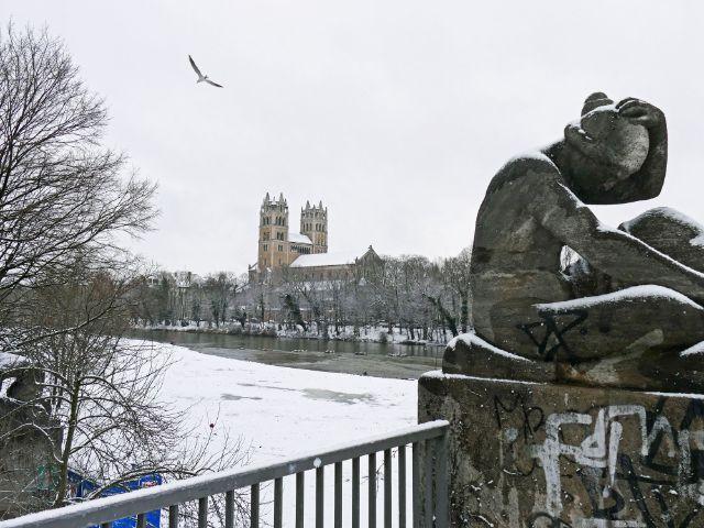 Kirche St. Maximilian im Schnee, Foto: muenchen.de / Leonie Liebich