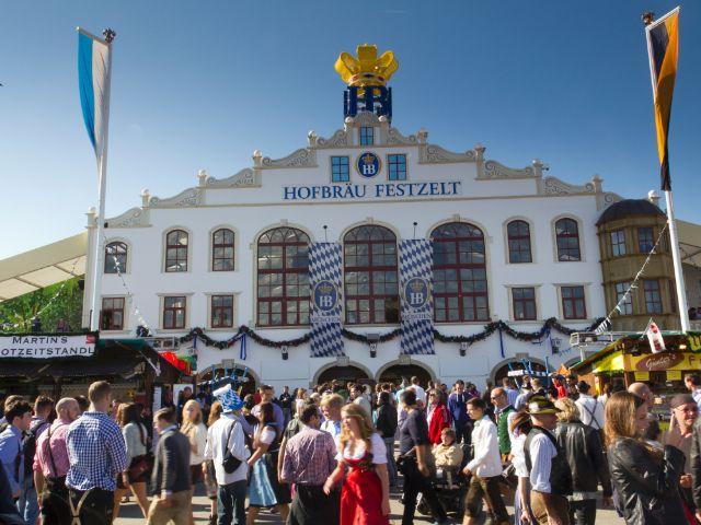 Hofbräu-Festzelt auf der Wiesn, Foto: Katy Spichal