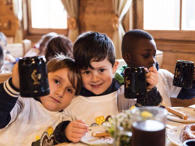 Vorschulkinder auf der Wiesn, Foto: muenchen.de/Katy Spichal