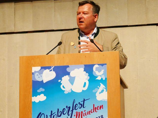 Josef Schmid bei der Oktoberfest-Pressekonferen 2018, Foto: Benedikt Feiten / muenchen.de