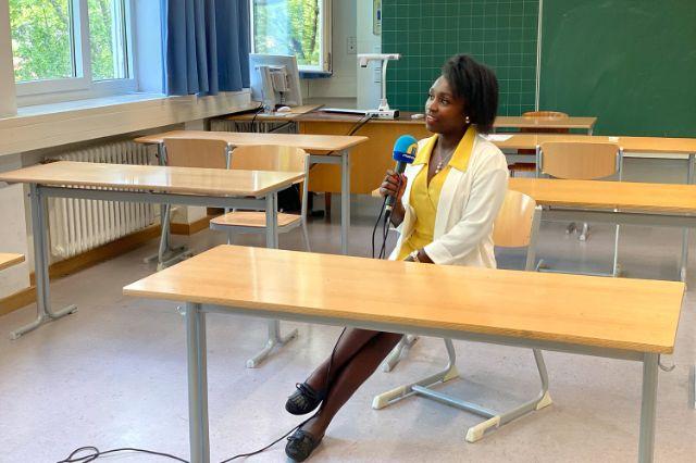 Paschalia Kituto, Schülerin an der Städtischen Franz-Auweck-Abendschule
