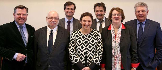 Vier der gewählten Referenten und Stadtspitze, Foto: Michael Nagy/Presseamt München