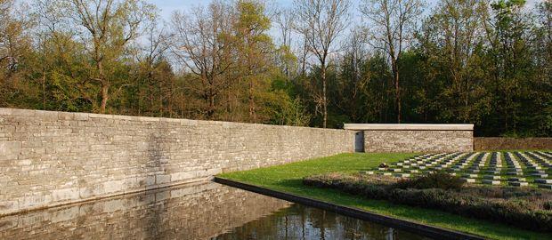 Die Kriegergrabstätte, Foto: Städtische Friedhöfe München, Robert Dreher