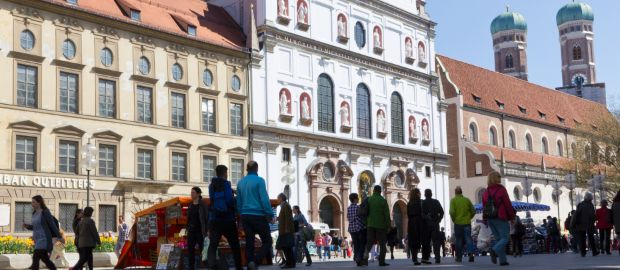 Neuhauser Einkaufsstrasse in der Münchner Altstadt, Foto: Katy Spichal