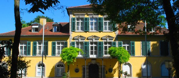 Das Schloss Suresnes., Foto: Michael Neißendorfer