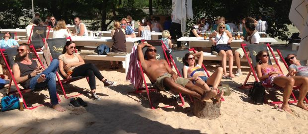 Sonnenbaden im Praterstand, Foto: Praterinsel Event