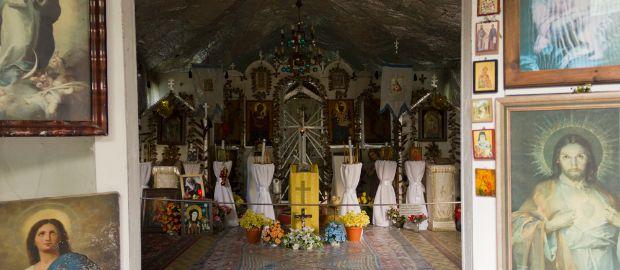 Ost-West-Friedenskirche von Väterchen Timofei