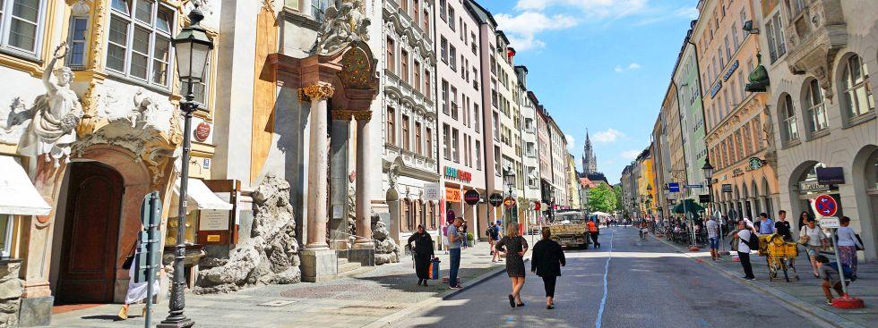Die Sendlinger Straße im Frühling, Foto: muenchen.de/Dan Vauelle