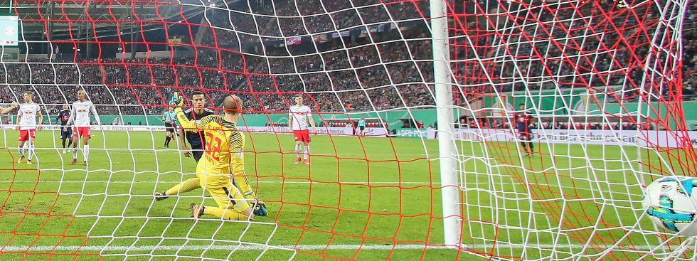 Thiago trifft zum 1:1-Ausgleich., Foto: dpa