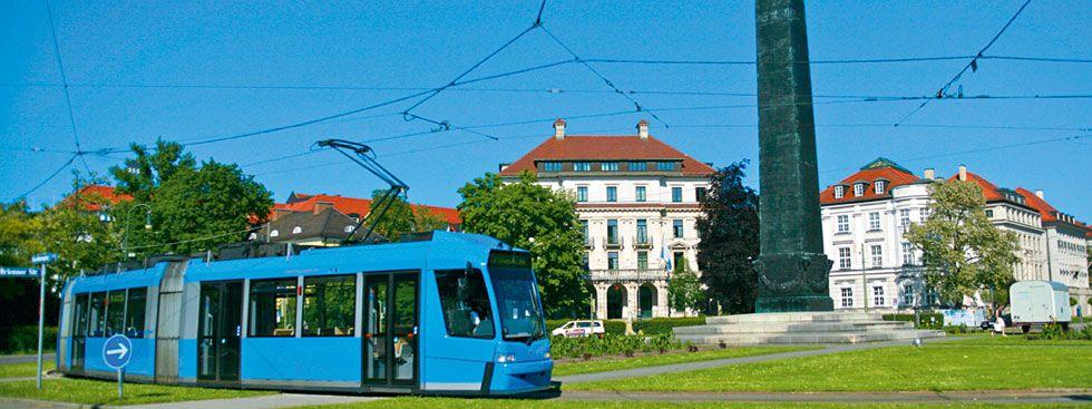 Tram am Karolinenplatz, Foto: 2017 MVV GmbH