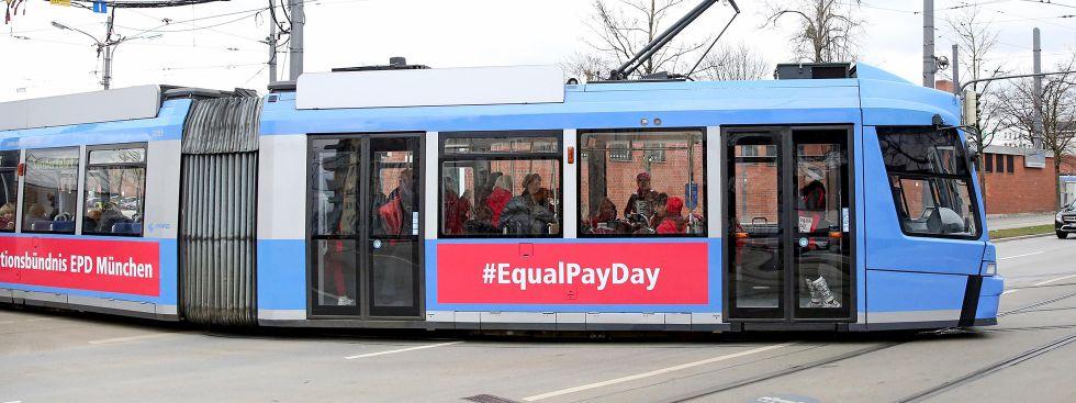 Equal Pay Day Tram in München (Bild: 2020), Foto: Michael Nagy/Presseamt München