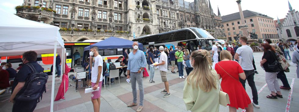 Impfbus am Marienplatz, Foto: Michael Nagy/Presseamt