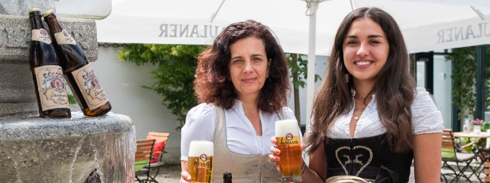 Arabella Schörghuber und Ramona Pongratz, Foto: Anette Göttlicher