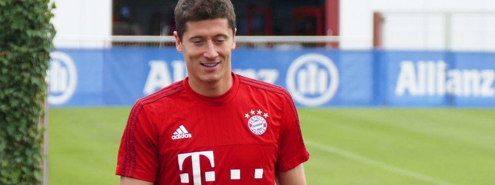 Robert Lewandowski im Training des FC Bayern, Foto: muenchen.de/Mark Read