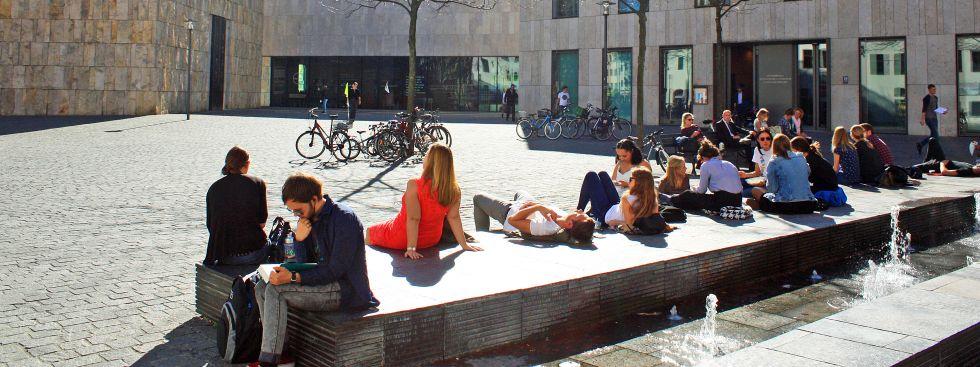 Sonniges Herbstwetter am Sankt-Jakobs-Platz, Foto: muenchen.de/Leonie Liebich