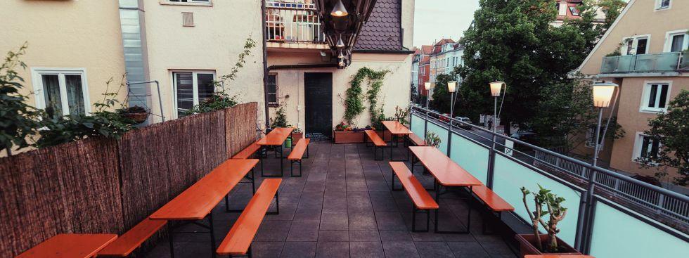 Die kleine Terrasse des Café Ruffini in Neuhausen, Foto: Ruffini