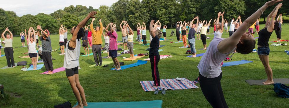 """""""Fit im Park"""" - Yoga im Westpark, Foto: Katy Spichal"""