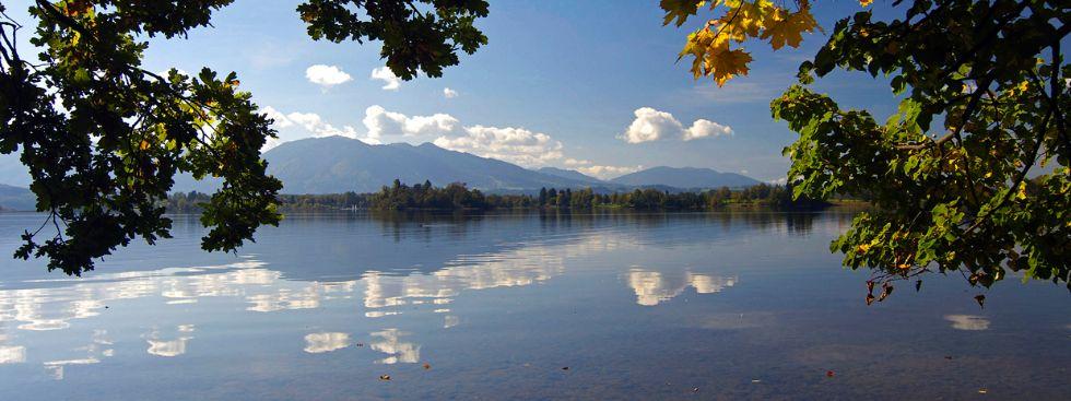 Herbstlicher Staffelsee, Foto: Tourist-Information Murnau
