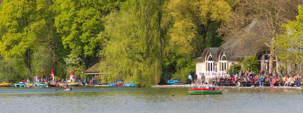 Bootsverleih am Kleinhesseloher See im Englischen Garten, Foto: Katy Spichal