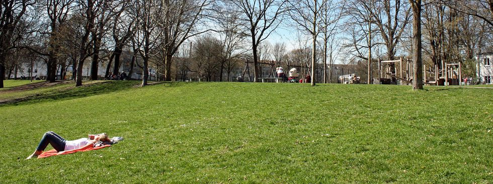 Besondere Orte zum Sonnen in München: Massmannpark, Foto: muenchen.de/Leonie Liebich