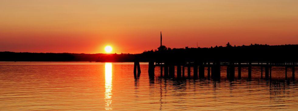 Sonnenuntergang am Ammersee, Foto: alexm156 / Fotolia.com