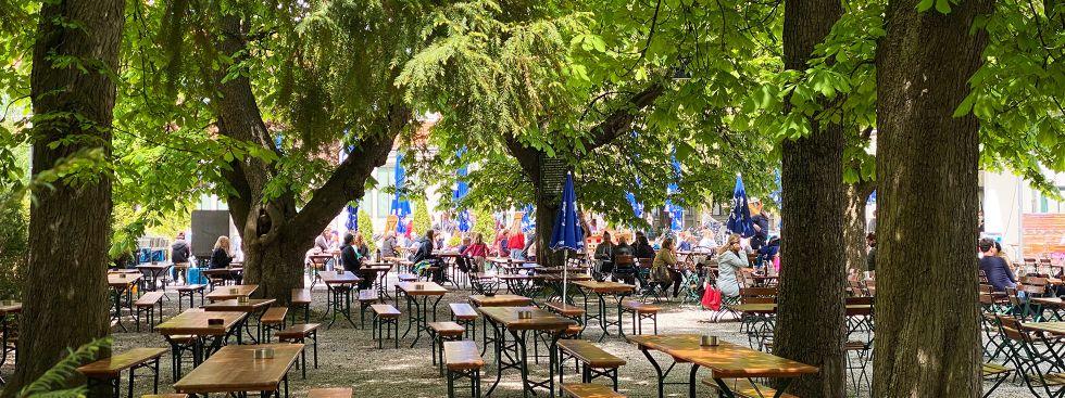 Biergarten vom Wirtshaus am Bavariapark, Foto: Anette Göttlicher
