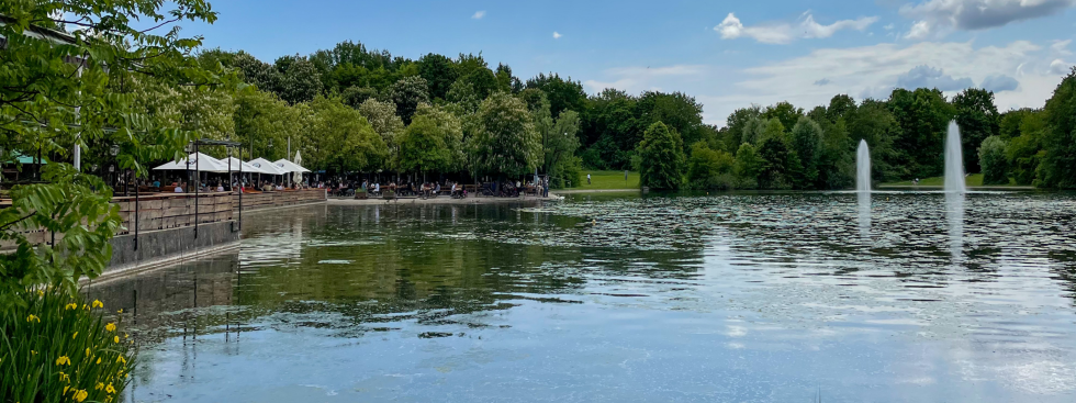 Der Michaeligarten am Ufer des Ostparksees, Foto: muenchen.de/Patrick Mayr