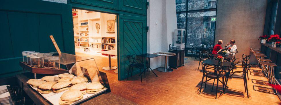 Café Mon: Münchner Autoren im Literaturarchiv, Foto: Café Mon