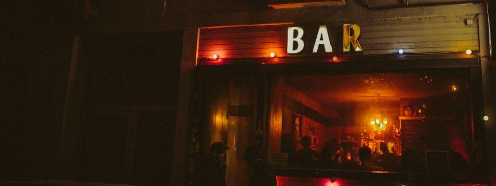 Abschlussbier in der Maroto Bar, Foto: Markus Büttner