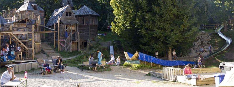 Abenteuerspielplatz Maulwurfshausen , Foto: Katy Spichal