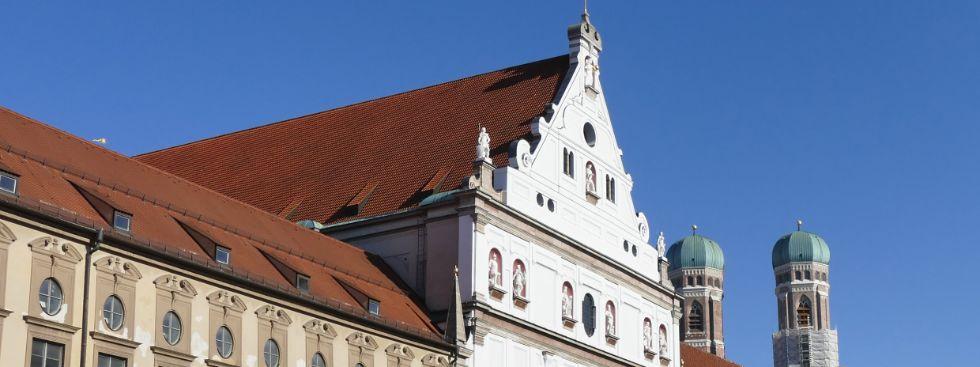 Die Kirche St. Michael und Frauenkirche, Foto: muenchen.de/Mark Read