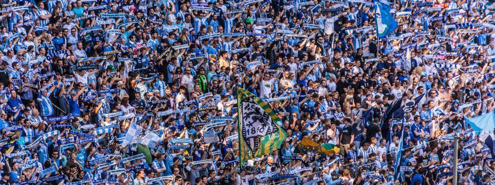 1860 Fans in der Kurve der Allianz Arena, Foto: muenchen.de/Michael Hofmann