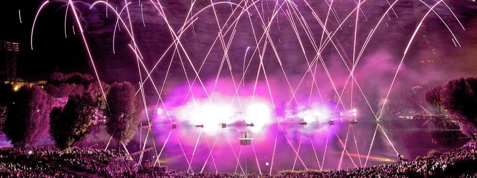 Feuerwerk beim Sommernachtstraum im Olympiapark, Foto: Münchner Sommernachtstraum