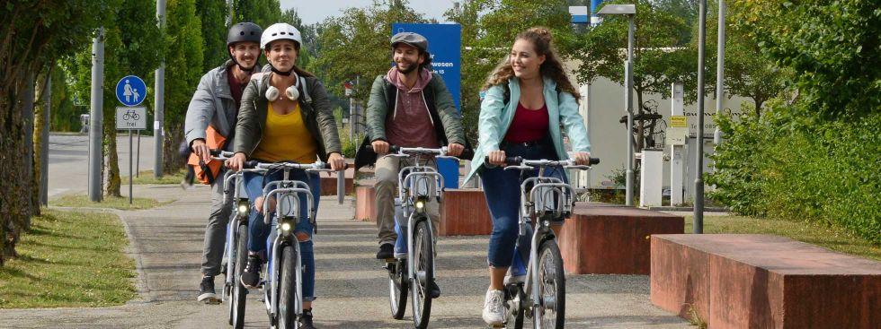 Menschen auf MVG Rädern, Foto: MVG