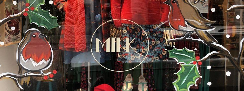 Weihnachtsschaufenster des Milk Modegeschäfts, Foto: Milk